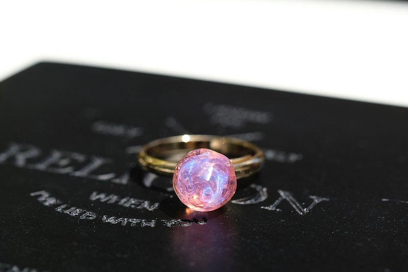 Crystal Bay (Ring: Pink) 晶.凝 (指环: 粉红)