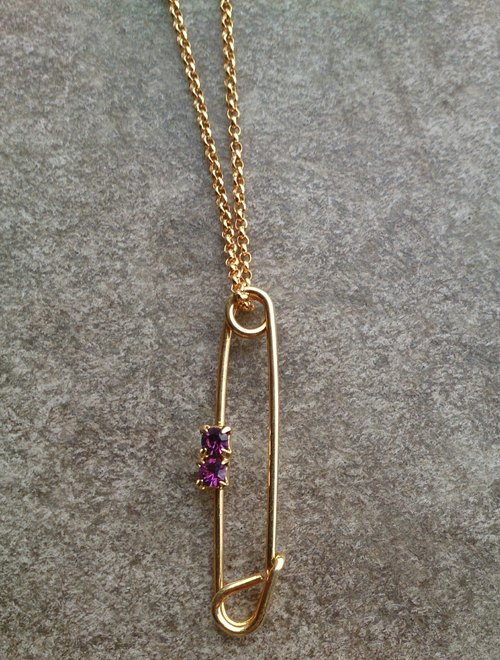 古董宝石安全别针项链 Vintage Gem Safety Pin Necklace