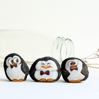Penguin gang stone painting