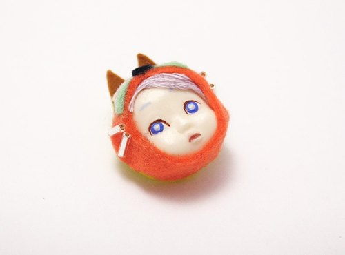Cosplay Kids brooch [fox / orange]