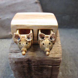 Miniature drawer with animals, wood carving, wood box