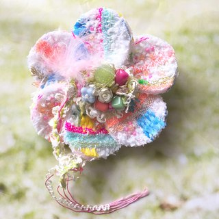 Corsage Brooch No.11   Accessory Brooch Tweed Beads Embroidery