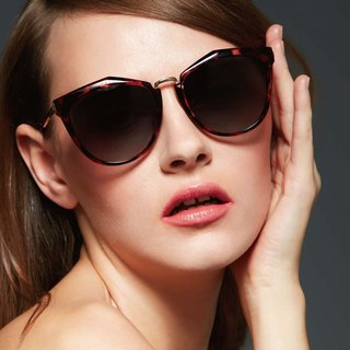 Fashion Eyewear - Sunglasses 太阳眼镜 / Poppy 红