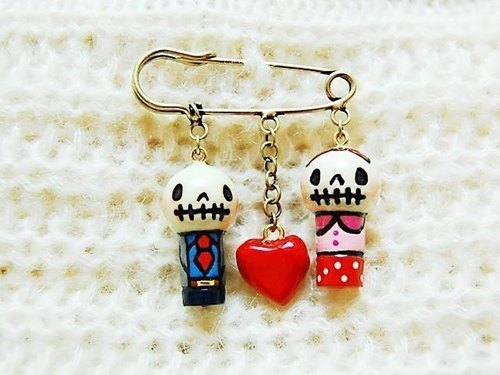 Love skeleton ♥ man of the co-♥ girl ♥ pin brooch