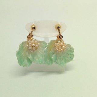 Flower clip on earrings Free shipping Handmade With box For gift glitter