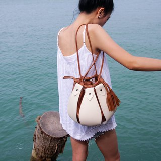 classic brown - Fateh the drawstring bucket bag