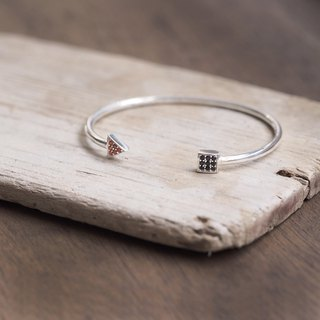 Triangle & square square bangle 925