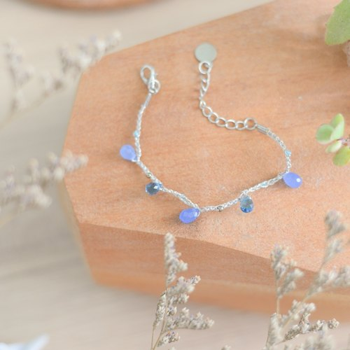 a beautiful handmade blue chrystals bracelet by niyome craft
