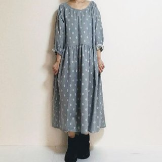 Provencal-style floral-patterned raglan sleeve one-piece dress cotton linen light gray