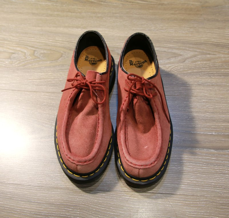 Back to Green:: 粉红Dr.Martens vintage shoes