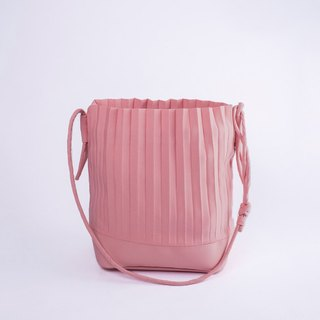 aPaddy Bucket Bag in Rose Pink