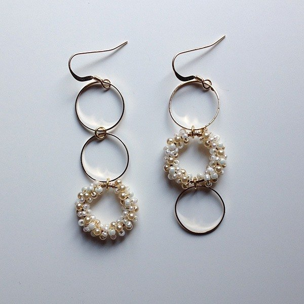 14 kgf feshwater Keshi Pearl and vintage beads triple ring asymmetry earrings