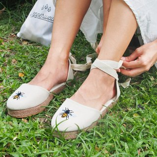 Bee Lace Up Sandals (White)