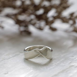 ribbon bow infinity ring statement lady women Girl silver sterling thin modern