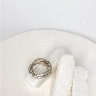 Handmade 3 Intertwined Rings in Thai Silver (R0019)