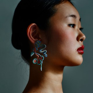 ARRO / Embroidery Earrings / Denim blue