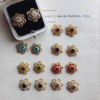 [Quantity limited] 14 kgf vintage Swarovski Daisy / flower earrings / ear needle