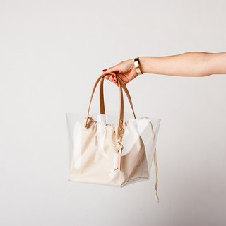 LEATHER HANDLE CLEAR TOTE --- WHITE