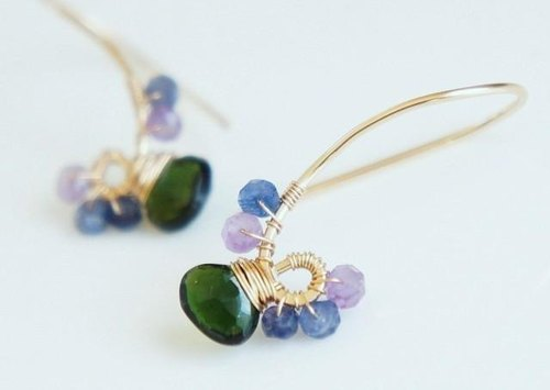 Green tourmaline and sapphire hook earrings 14kgf