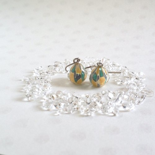 GLASS * mosaic earrings (beige × yellow & turquoise green)