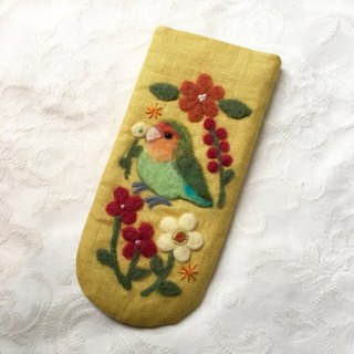 glasses case of  peach-faced lovebird