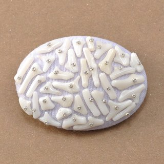 White coral and gauze brooch 1