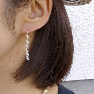 14 kgf freshwater petals and vintage pearl arch piercing ear needle