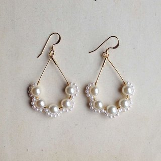 14 kgf vintage pearl scalloped drop earrings / hard-to-paint brass ear clip