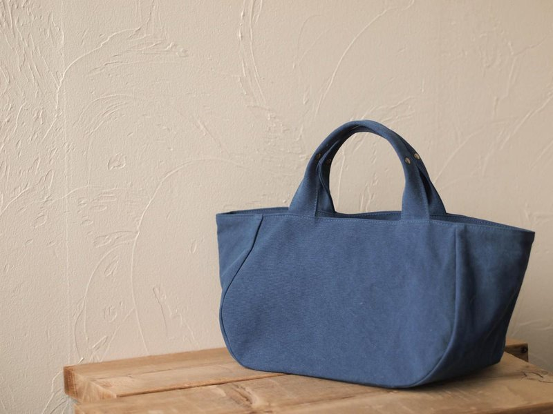 Round tote with lid M Cerulean Blue