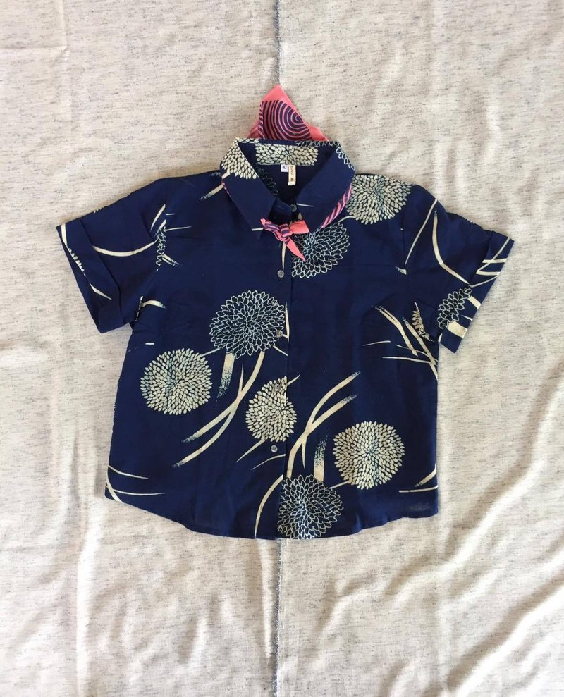 Blue hydrangea cotton shirt