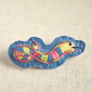 "the oriental zodiac brooch with hand embroidery ""snake"" [order-receiving production]"