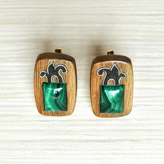 Wooden cuff links with malachite