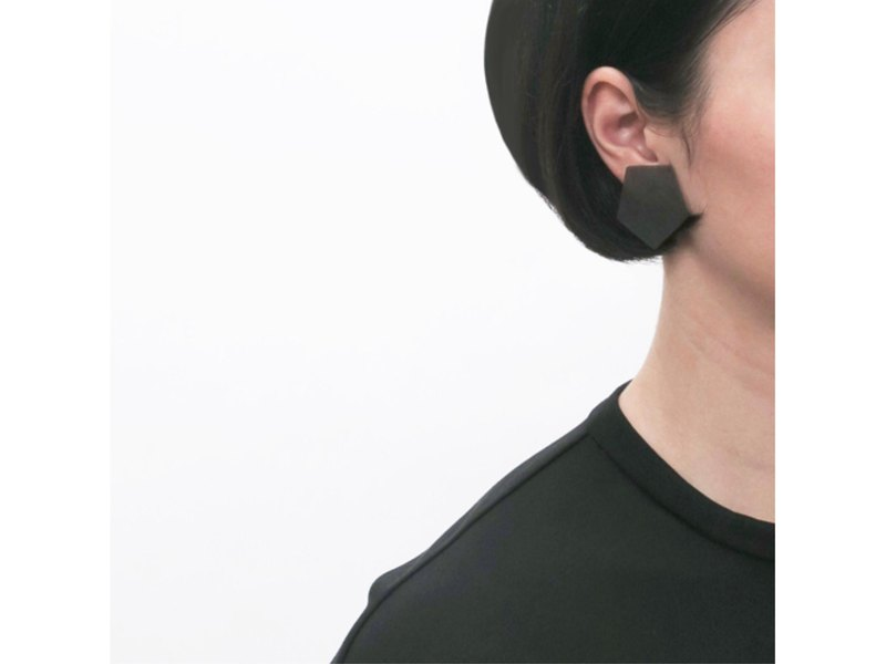 Choose from 3 colors [One ear earring] Mud dyed geometry / E-6 _ P_DR