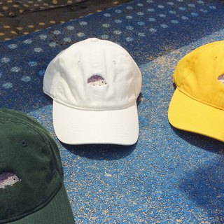 hedgehog embroidery cap / color> dark green, white, yellow