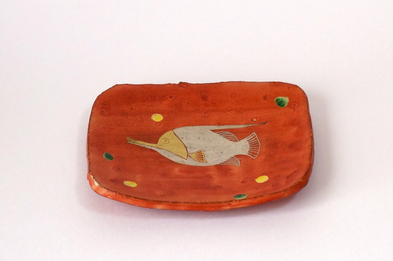 Rectangular dish (red-eye gold-silver fish)