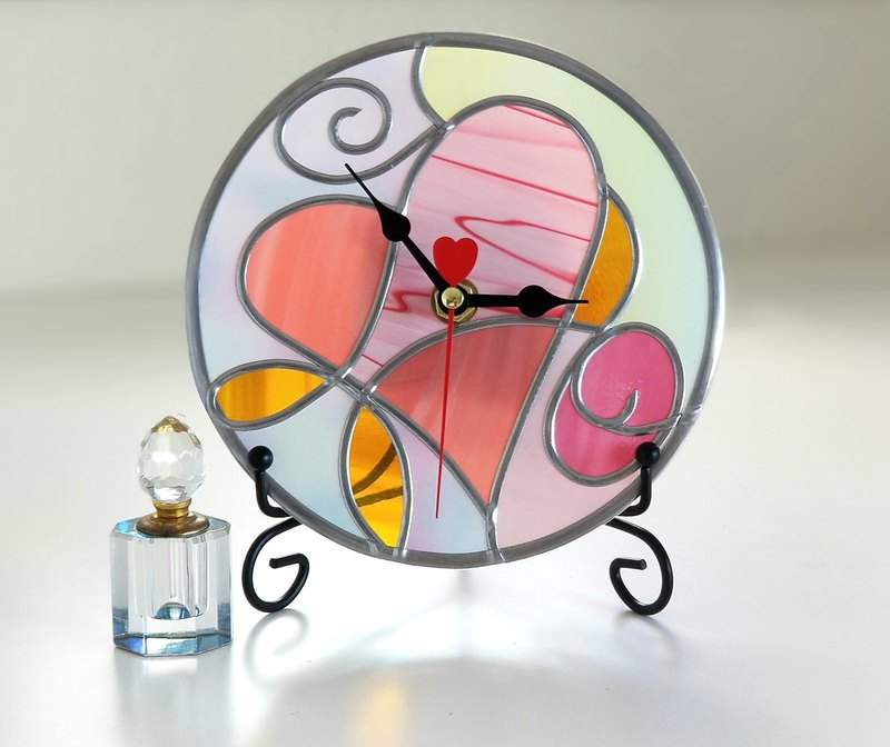 Order Round Acrylic hanger / placehold watch  Fairy Heart