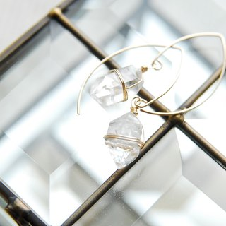 Double point crystal marquis hook earrings (14 kgf)