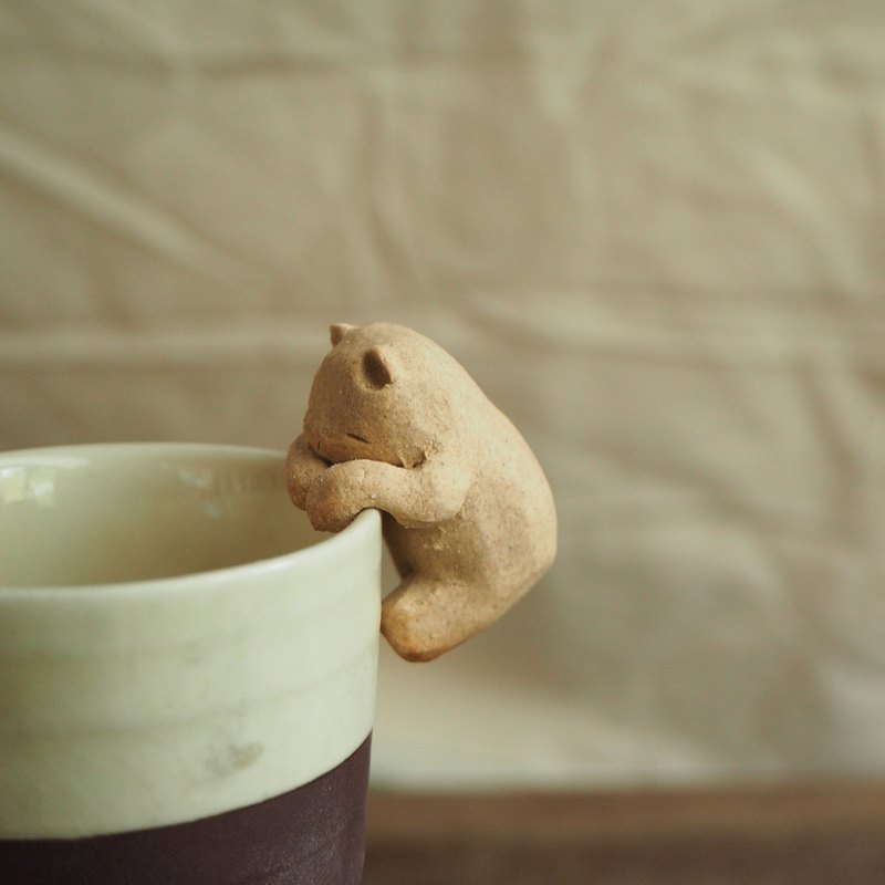 Ceramics cup- climber Bear No.1