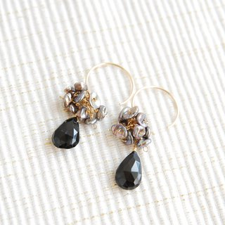 Black Spinel and Keshi Pearl Earrings 14 kgf