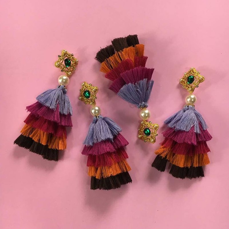 earring : 5th tassel