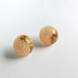♪ Earrings, which was confined dried flower (light pink)