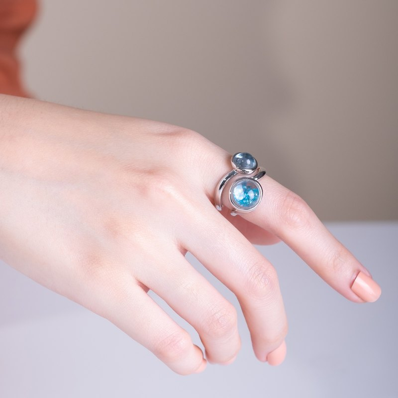 Mirari Curl Ring with Blue Apatite in White Topaz and Sky Blue Topaz