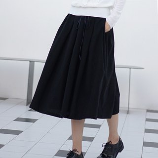 ee18/ Woollen Skirt (black)
