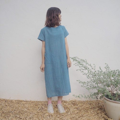 Another Hyotan dress | Natural cotton Medium blue dye indigo