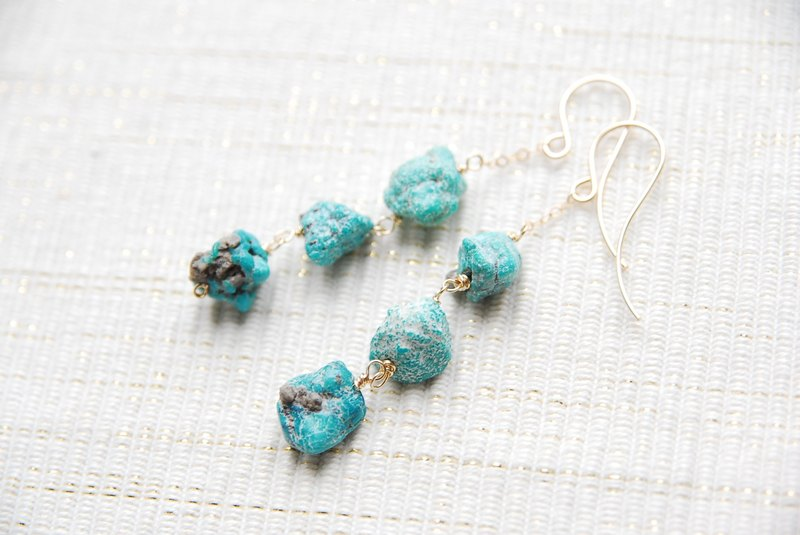 Rough lock turquoise 3 Stone Earrings (14 kgf)
