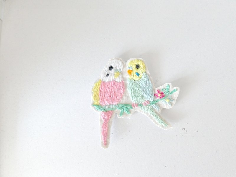 Embroidery Brooch Parakeet