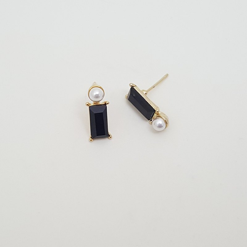 Rectangle black Cubic Zirconia pearl Earrings,pearl Stud Earrings