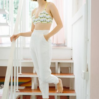 ( SIZE M ) White Linen Fabric Trousers with cute cuffs