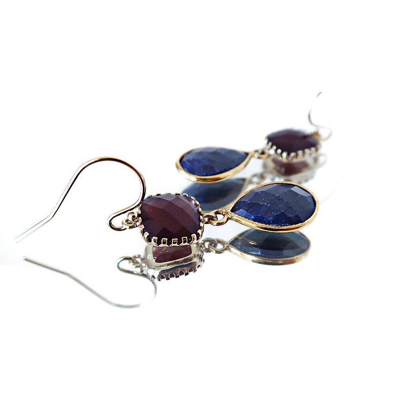 14 KGF / SAPPHIRE BURGUNDY GLASS EARRINGS