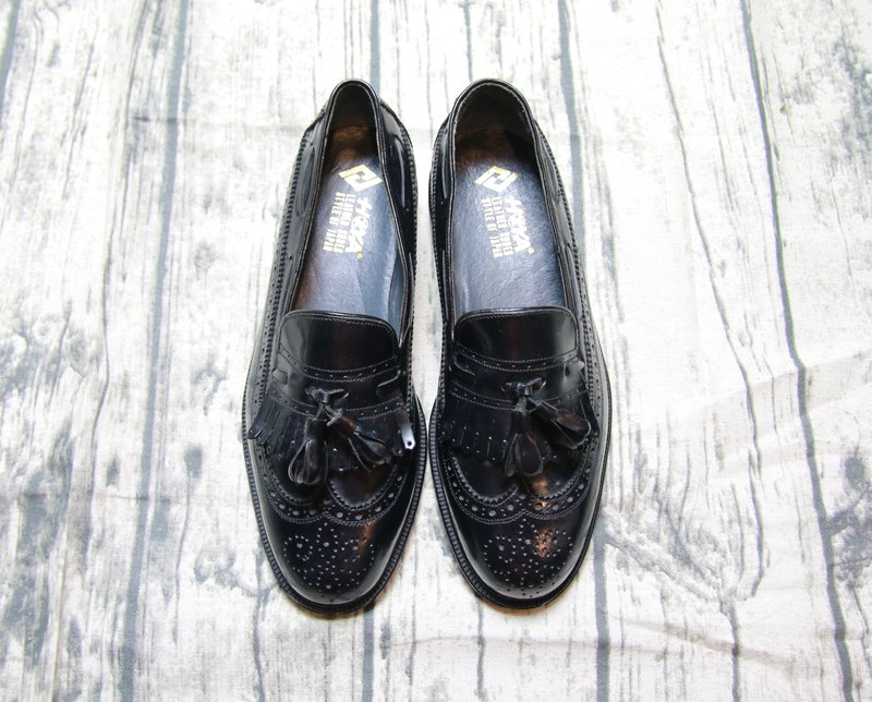 Back to Green:: 正黑流苏  vintage shoes